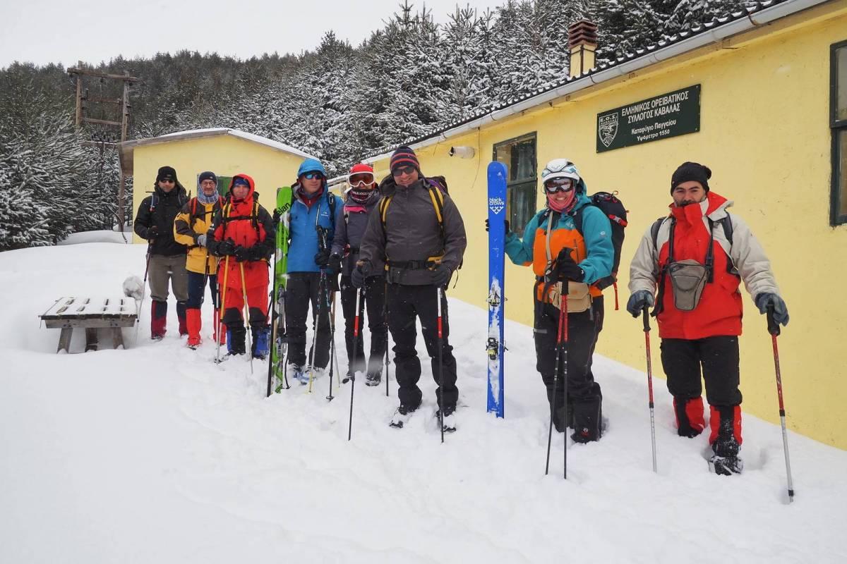 Τα μέλη του Ε.Ο.Σ. Καβάλας στο παγωμένο Παγγαίο